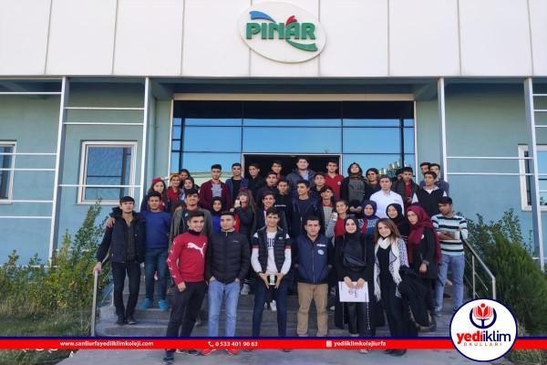 Gıda Bölümü Öğrencilerimizin Pınar Süt Gezisi